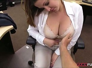 Married huge boobs honey ends up fucked in the pawnshop