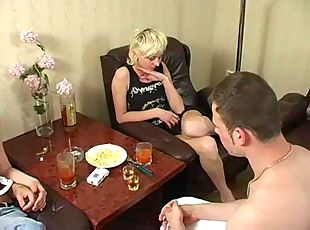 Drunk naked chicks got all holes mad screwing!