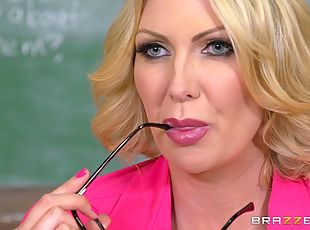 Milf teacher having a private lesson in hardcore sex and blowjobs