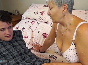 EuropeMaturE Alisha Masturbating her Chubby Vagina